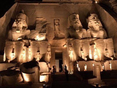 400 Sound en light show Abu Simbel dichtbij